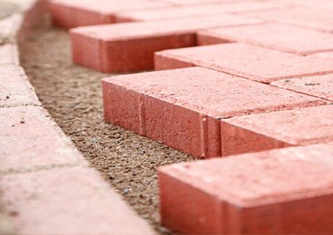 Який цемент використовують для укладання тротуарної плитки?