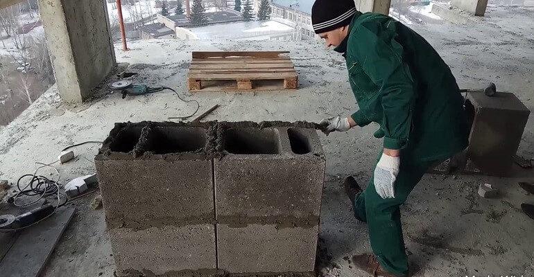 Монтаж вентиляционных блоков
